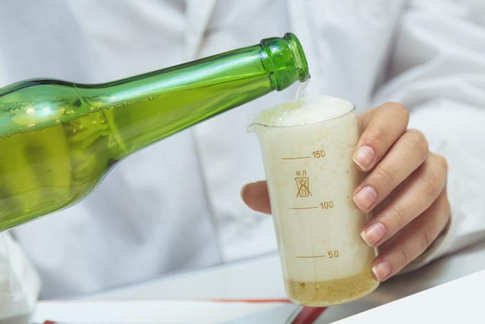 В составе пива могут входить искусственные компоненты, вызывающие аллергические реакции