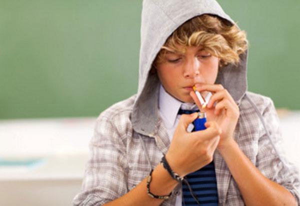Подросток с девиантным поведением