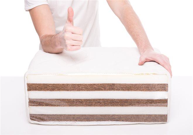 Холлофайбер, струттофайбер применяют также для регулировки жесткости матраса, а также для его дополнител