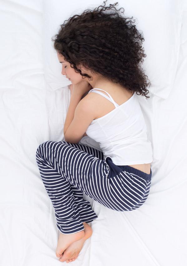 Сон в позе эмбриона