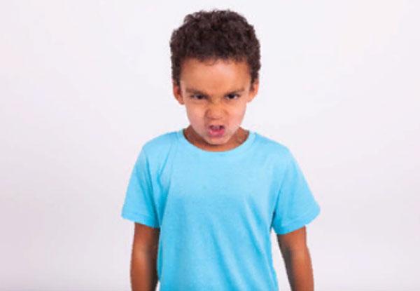 Разозленный мальчик