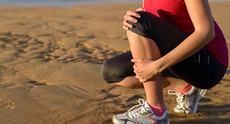 Анатомическое строение коленного сустава и функции его элементов и структур