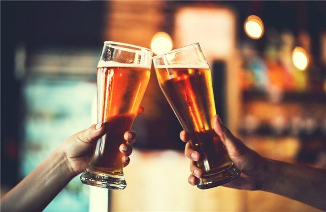 Употребление алкоголя и никотина
