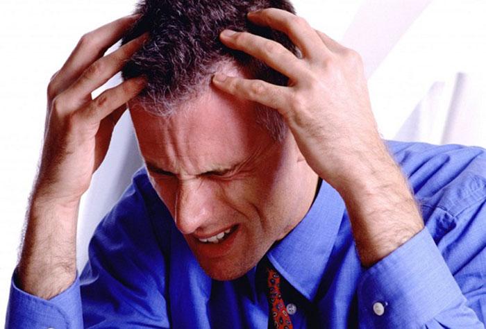 Последствиями совместного приема Фенотропила с алкоголем может стать отмирание клеток головного мозга