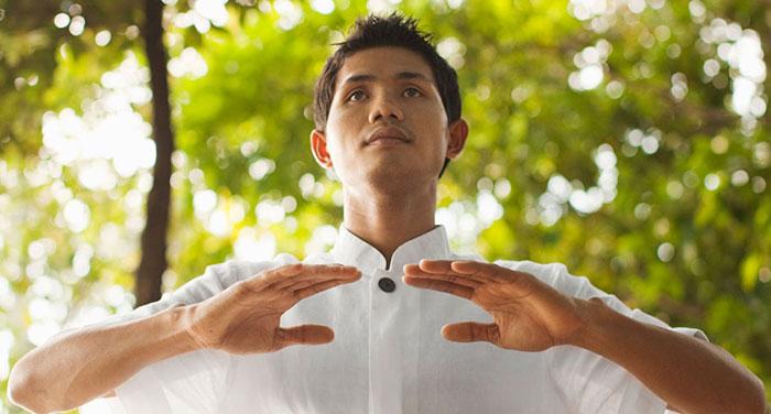 Восстановление дыхания - один из действенных способов при панических атаках с похмелья