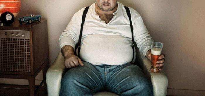 Злоупотребление спиртным и последующее ожирение у мужчин может привести к серьёзным проблемам со здоровьем