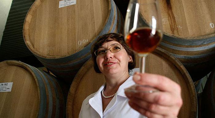 Существует несколько методов производства безалкогольного вина