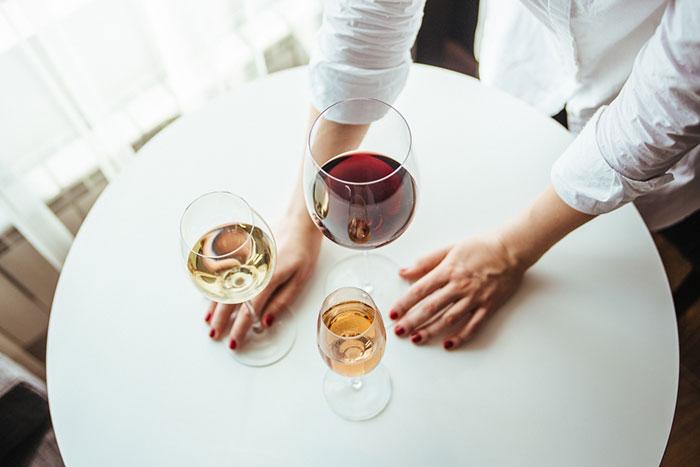 При умеренном употреблении и отсутствии противопоказаний, безалкогольное вино может приносить пользу