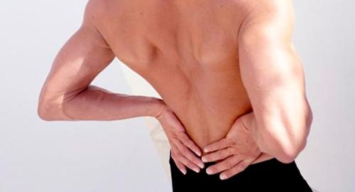 Поясничный люмбаго - причина боли в мышцах спины