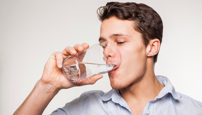 Питье большого количества воды в случае совмещения Ультопа со спиртным