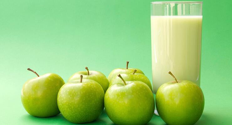 Яблоко и йогурт