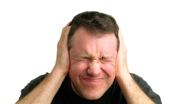 Шум в ушах, как один из возможных побочных эффектов совместного употребления Дексалгина и спиртного