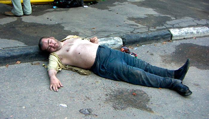Деградация личности при сильном алкоголизме