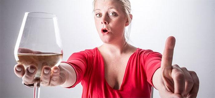 Специалисты не рекомендуют употреблять спиртное при приеме препарата Капотен