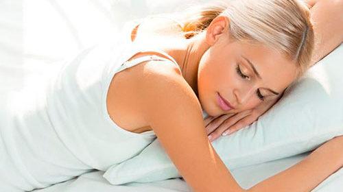 Причиной миозита может быть неудобная подушка