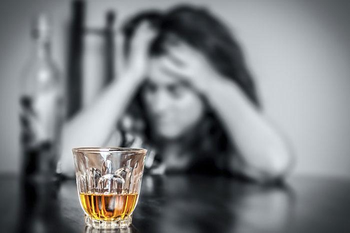 Гомеопатия при алкоголизме абсолютно безвредна