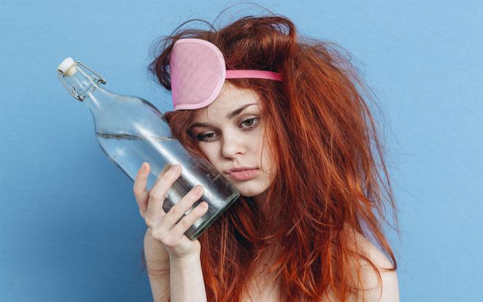 Совмещение Сирдалуда с алкоголем усиливает седативное действие препарата