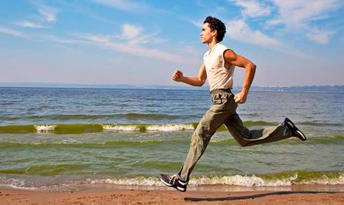Можно ли заниматься спортом и бегать при остеохондрозе?
