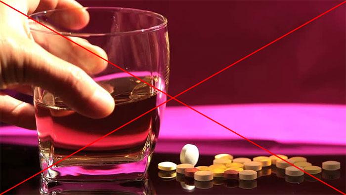 Специалисты утверждают Кардиомагнил и алкоголь являются полностью несовместимыми