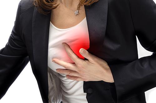 Болит спина из-за болезней сердца и сосудов